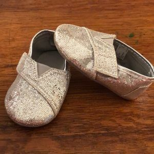 Other - Baby girl soft sole silver sparkle shoe 9-12 month